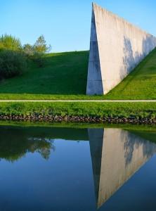 Monument de la ligne A/M sur le bief de partage du Main-Donau Kanal (MDK)