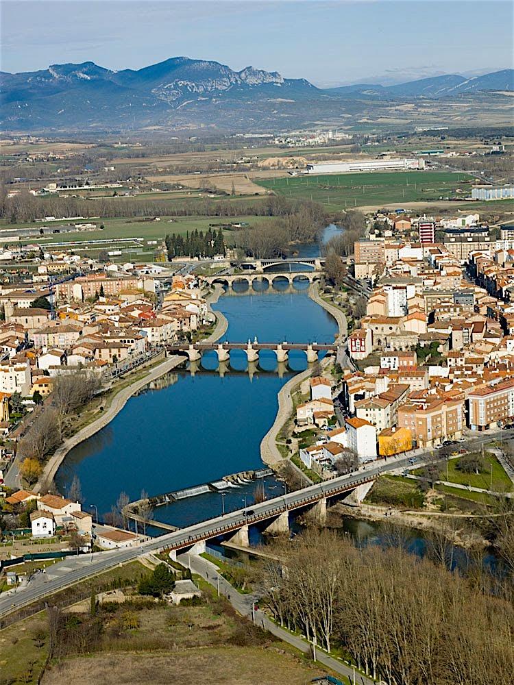 Le río Ebro à Miranda de Ebro (source panoramio)