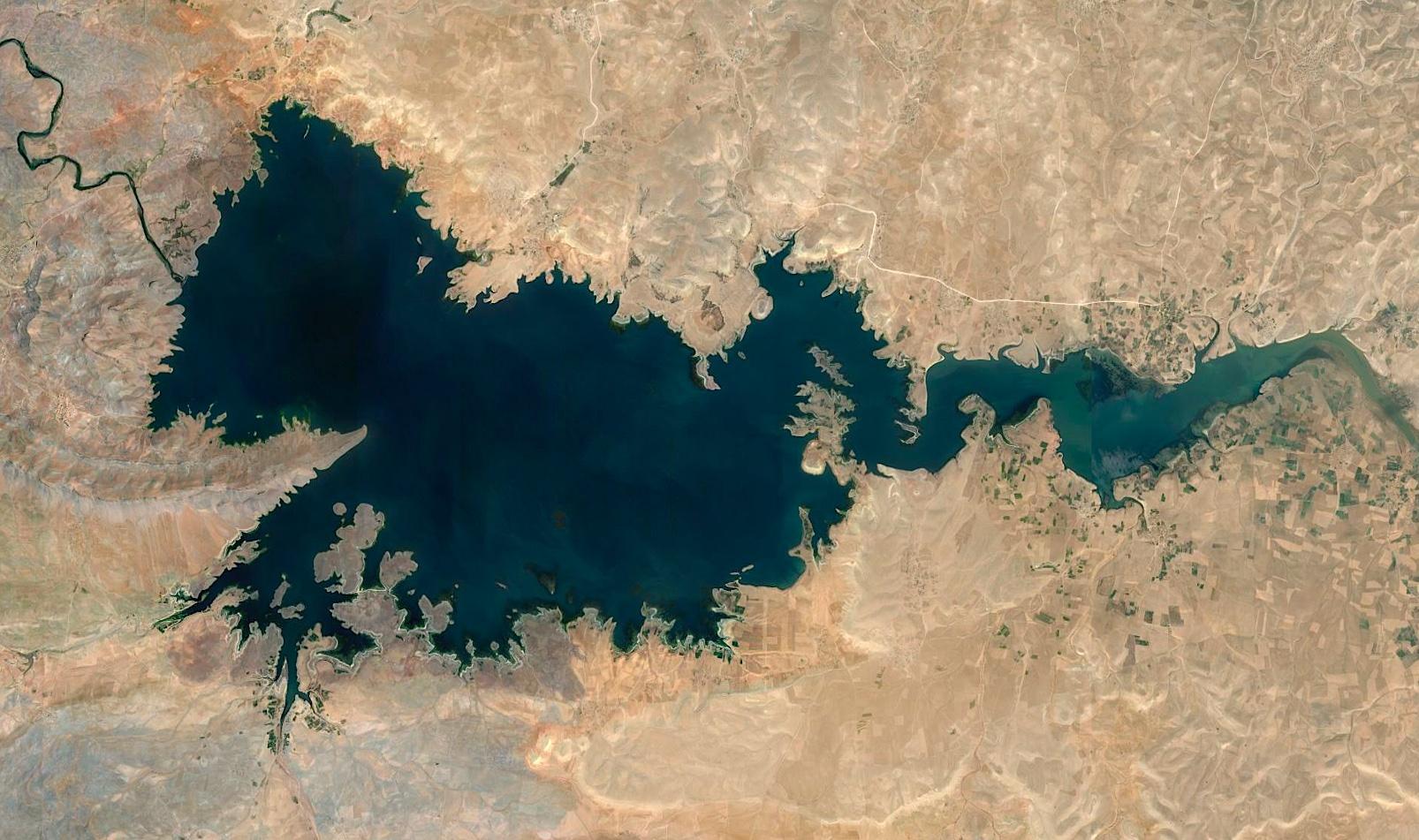 Al Massira sur l'Oum Er R'bia est la 2ème plus grande retenue d'eau (2,8 milliards de m3) du Maroc