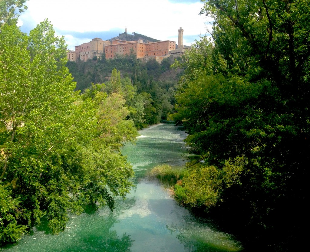 Le Júcar à Cuenca sur la Ruta de la Lana le 10 mai 2014  © plblaix