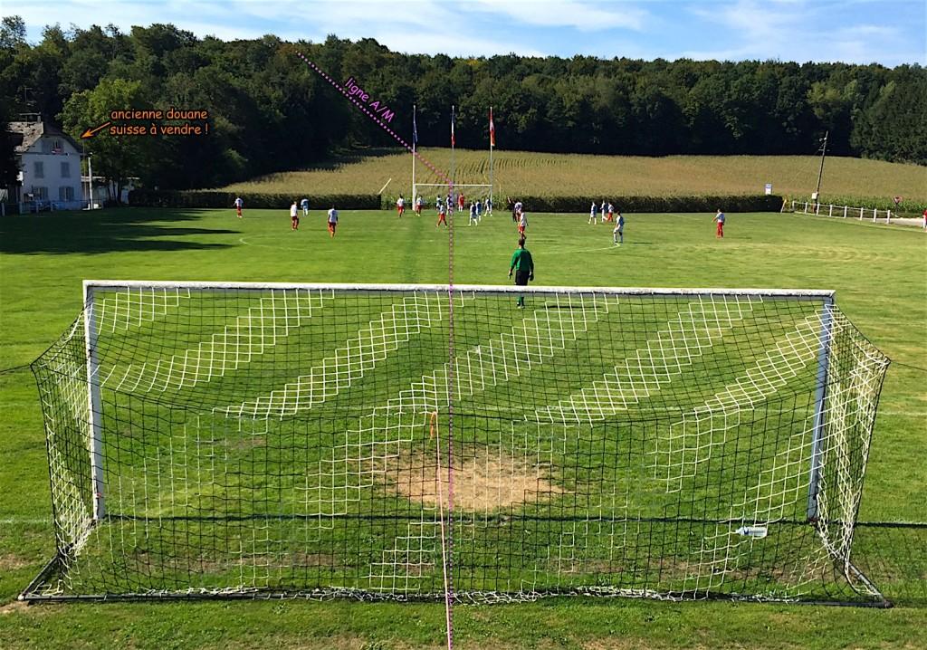 A Pfetterhouse, le terrain de foot qui partage les eaux !
